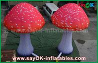 Porcellana Fungo rosso del panno di Oxford dei prodotti gonfiabili su ordinazione con il ventilatore incorporato fabbrica