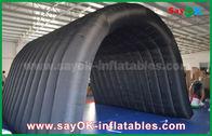Porcellana Tenda di campeggio gonfiabile del tunnel nero di 210D Oxford per attività all'aperto fabbrica