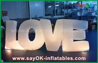 Porcellana Amore gonfiabile variopinto della lettera con luce principale per la decorazione nozze/del partito fabbrica