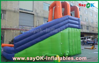 Scorrevole gonfiabile all'aperto gigante multifunzionale dei buttafuori con lo stagno di acqua per il centro di divertimento